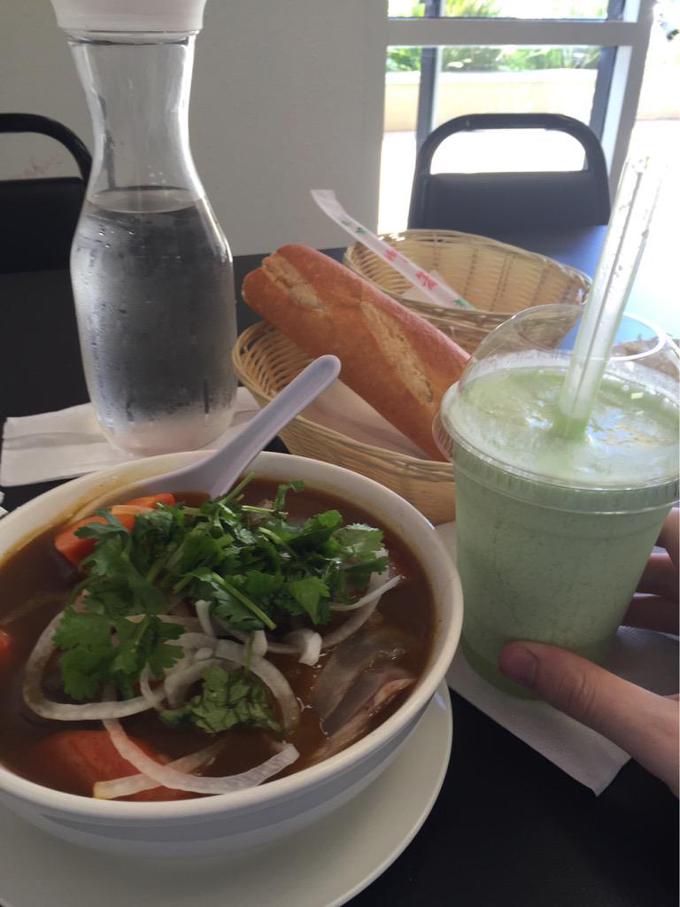 "Daithi De Nogla on Twitter: ""Good food is good http://t.co/c7Z6mtDPym"""