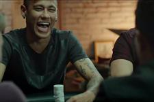 Football stars Ronaldo and Neymar in PokerStars Facebook campaign http://t.co/8GI1uOjYxX http://t.co/NP8B0RRT1u