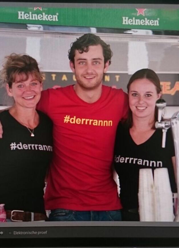 Wie van jullie wil kans maken op een origineel #derrrannn T-Shirt RT dit bericht met #derrrannn en win hem!!! http://t.co/tiOks7aG0X