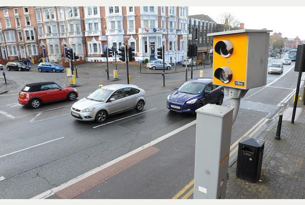 RT @Leicester_Merc: Police set to get tough on drivers who go just over speed limit http://t.co/7s0Cgx6HY5 http://t.co/pC3sqEnAXa