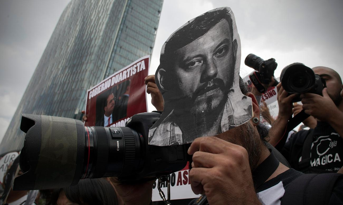RT @mediaguardian: 'Journalists are being slaughtered' – Mexico's problem with press freedom http://t.co/ZFFSGAeTVv http://t.co/lAH8wwLwQl