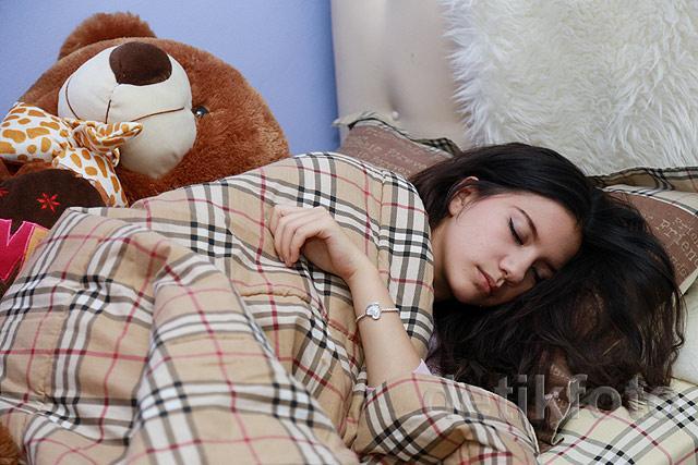 Posisi Tidur Terbaik Yang Sesuai Untuk Orang Sakit, Suka Mendengkur Dan Wanita Hamil - AnekaNews.net