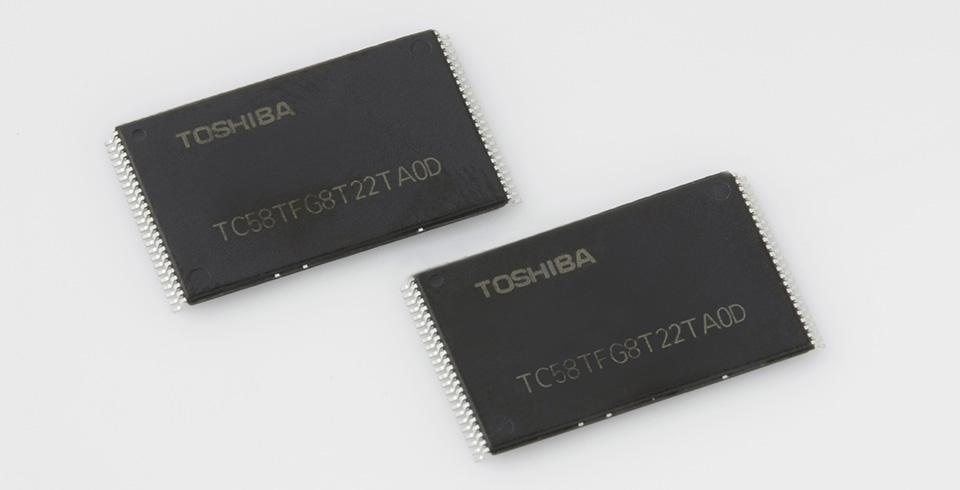 Toshiba's new flash chips hold twice the data