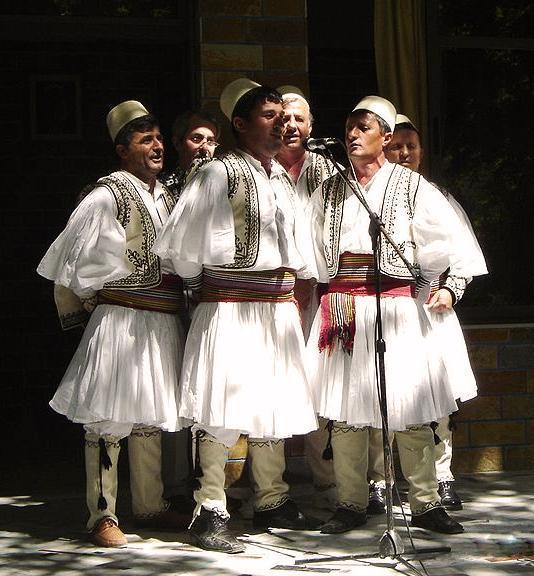 """民族衣装 on Twitter: """"アルバニア、ベラト州スクラパル県、伝統的な ..."""