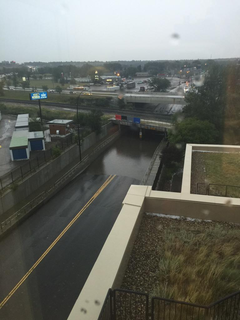 @660NEWS the underpass at 9th Ave and Blackfoot is underwater http://t.co/b5Q4HzJQbe