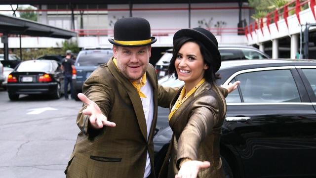 RT @etnow: .@JKCorden & @ddlovato celebrate everyday heroes with singing telegrams on @latelateshow! http://t.co/liHOMpNVGE http://t.co/pZd…