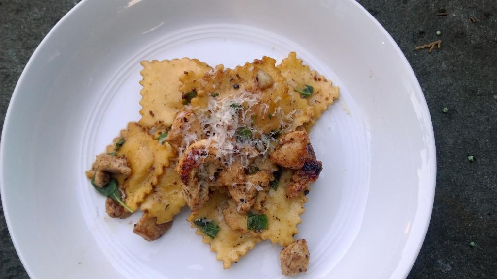 Dinner tonight - brown butter with sage with Cuban spiced chicken http://t.co/LB5qpV1Cnx