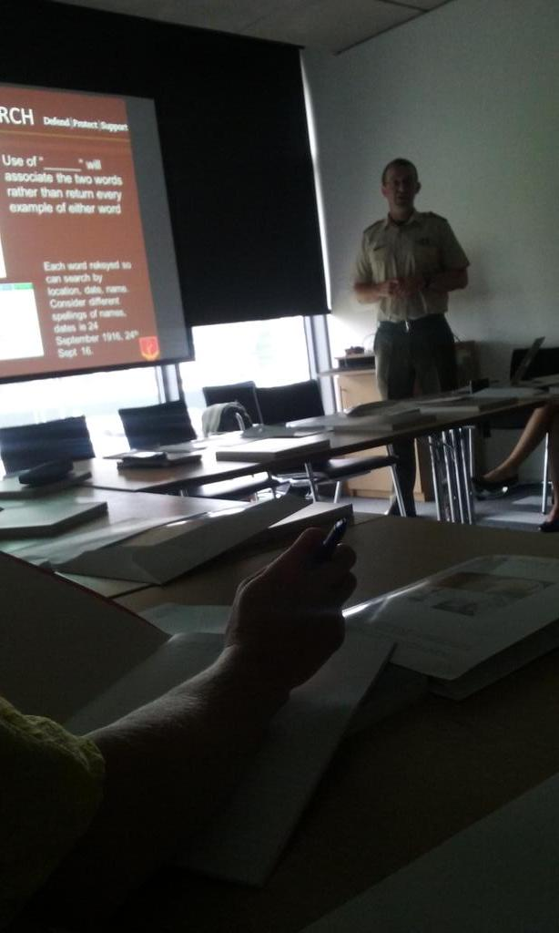 #teach1916 workshop. Comdt Kennedy introduces the relevant collections in Mil Arch. #mamspc http://t.co/MN4NDzFvnY