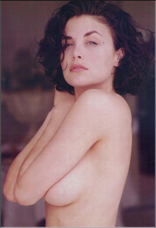 Фото онлайн голые актрисы фото 71948 фотография