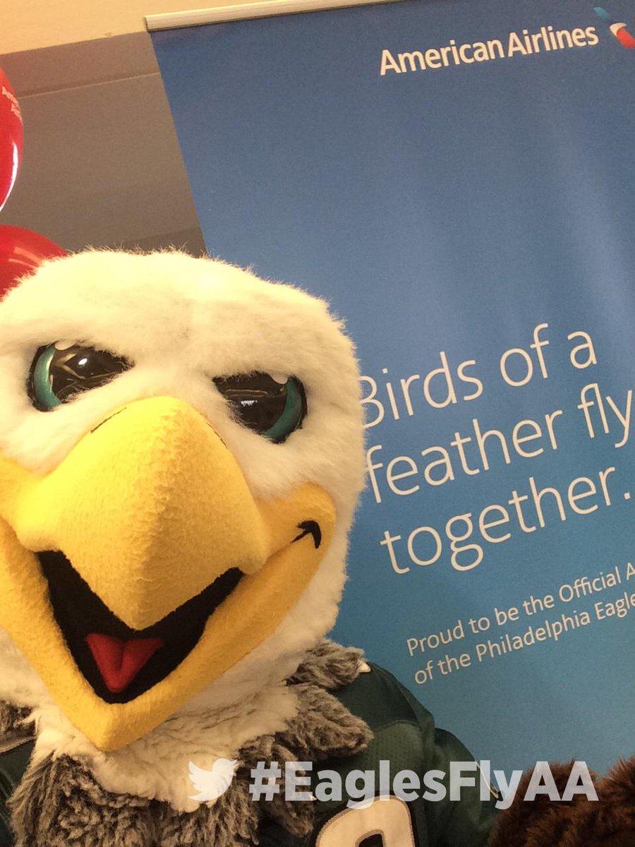Philadelphia Eagles On Twitter Swoop And Eaglescheer Had The Best