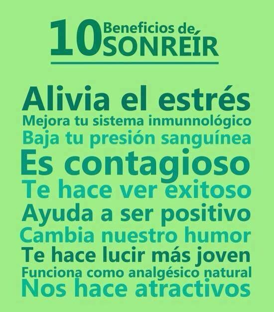 Sonriendo @emocionado7 @_DejandoHuella @CCulturaRioja @Ocio_Rioja @SantosOchoaLog @Palvarez @papelideas @RiojaBox_ES http://t.co/cHSO6AcpjA
