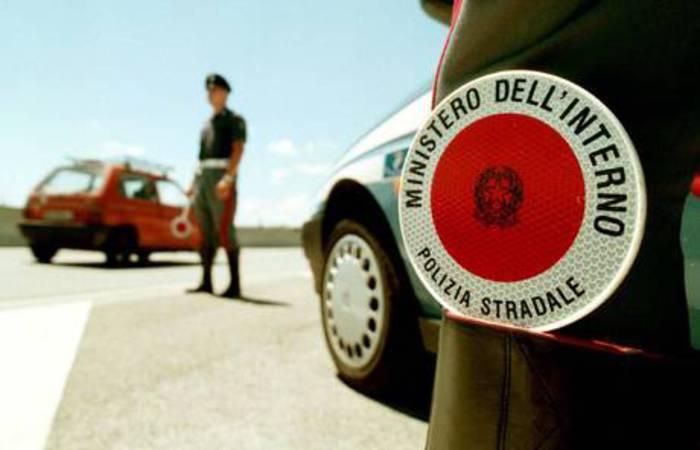 """Autostrada A16: limite di velocità fra Baiano e Candela è """"uno scandalo"""""""