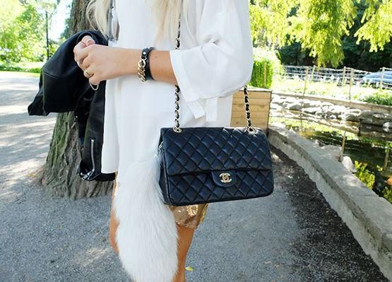 #SabíasQue la icónica bolsa Chanel 2.55 se llama así porque es la fecha en la que fue inventada: febrero 1955