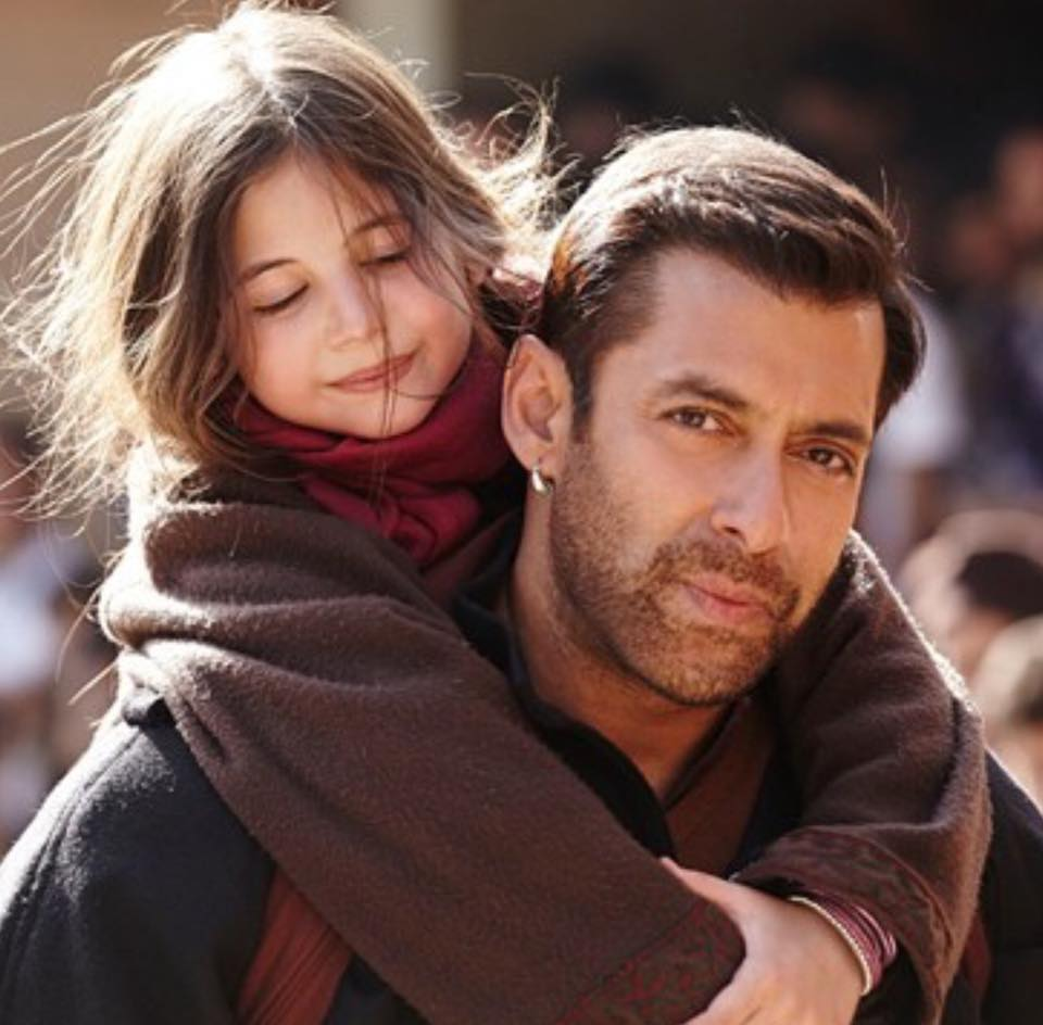 Bajrangi Bhaijaan 300Crore  RT if you have watched this movie and favorite if not http://t.co/IWEXr7jylj