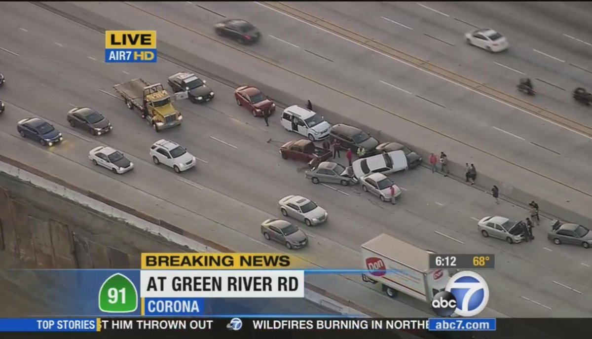 Fwy: #TRAFFICALERT 12-car pile-up blocking lanes on WB 91 Fwy at