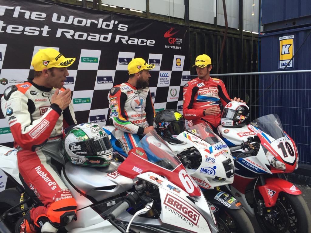 [Road Racing] Ulster GP 2015 CLv450OWwAEMQOa