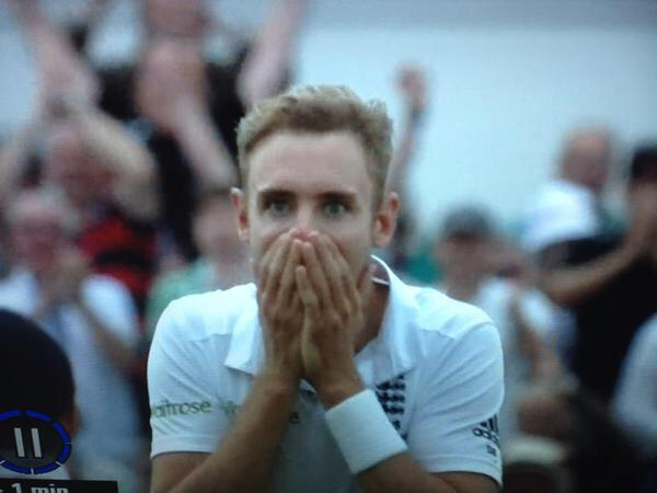 Amazing day for the team today. How did @benstokes38 catch that? Not sure I could do that face again if I tried!! http://t.co/qssSiVzUan