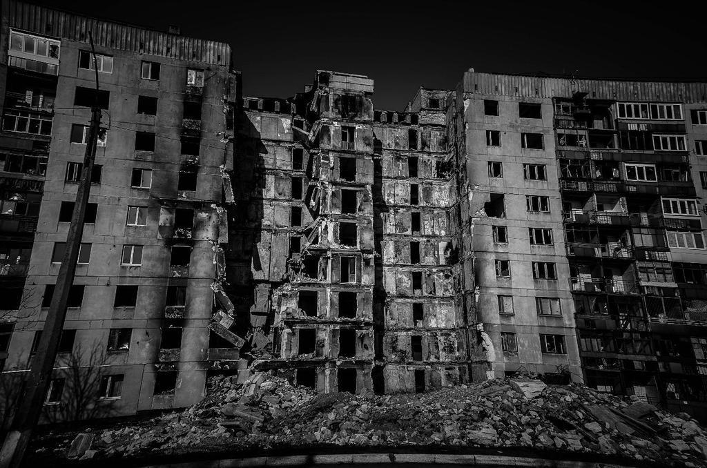 """Боевики на протяжении трех часов обстреливали из танков Авдеевку и Опытное: ранен мирный житель, - пресс-офицер сектора """"Б"""" - Цензор.НЕТ 7021"""