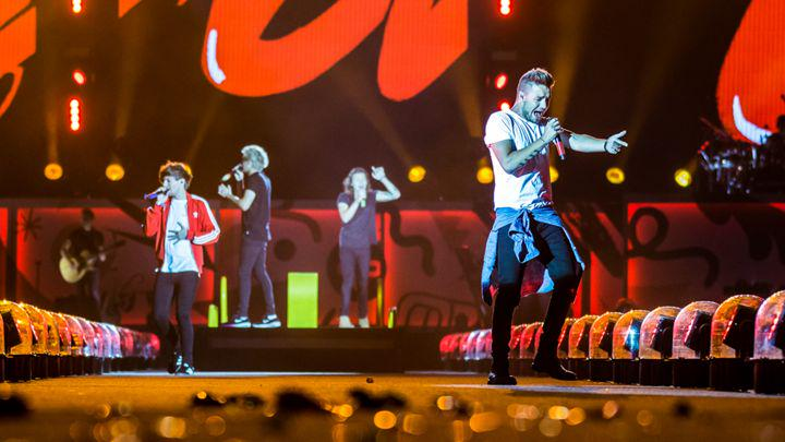 16 reasons One Direction are on top of the stadium rock game http://t.co/wr9Fjn75DN