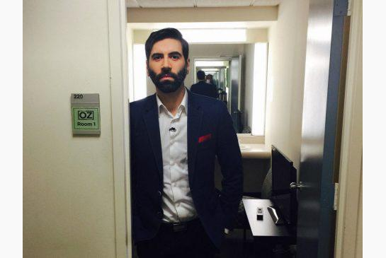 A petition to stop pickup-artist blogger Roosh V from entering Canada has picked up steam. http://t.co/IRg9vP5tue http://t.co/Ql8kbUbbOA