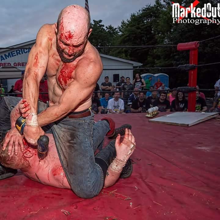 *Pro-Wrestling (WWE/F, TNA, Puro et les autres)* - Topic Officiel - Page 2 CM-Is1eWsAAukKT