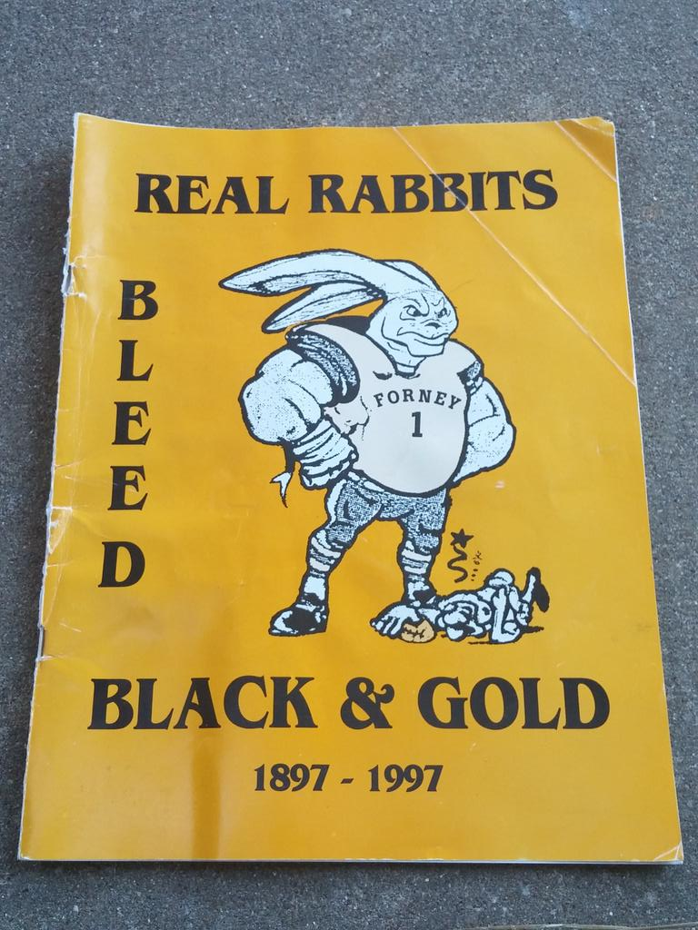 Always true to the BLACK AND GOLD! Found this old program from 1997 @FootballForney @KarenHanie @inForney @JCase1808 http://t.co/zjgG9WJQwB