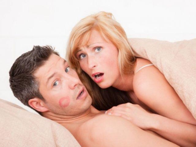 Sondaggio online: Aumentare il numero delle avventure, intensificare gli incontri con l'amante