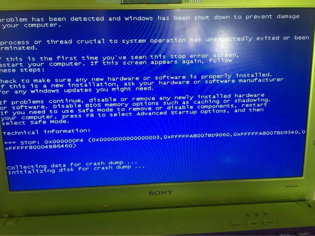 卧槽我怎么这么倒霉、七夕还要修电脑。。0x000000F4、快来个哥哥教我怎么办吧。。没错这是求助推。。 http://t.co/wtaQk749m9