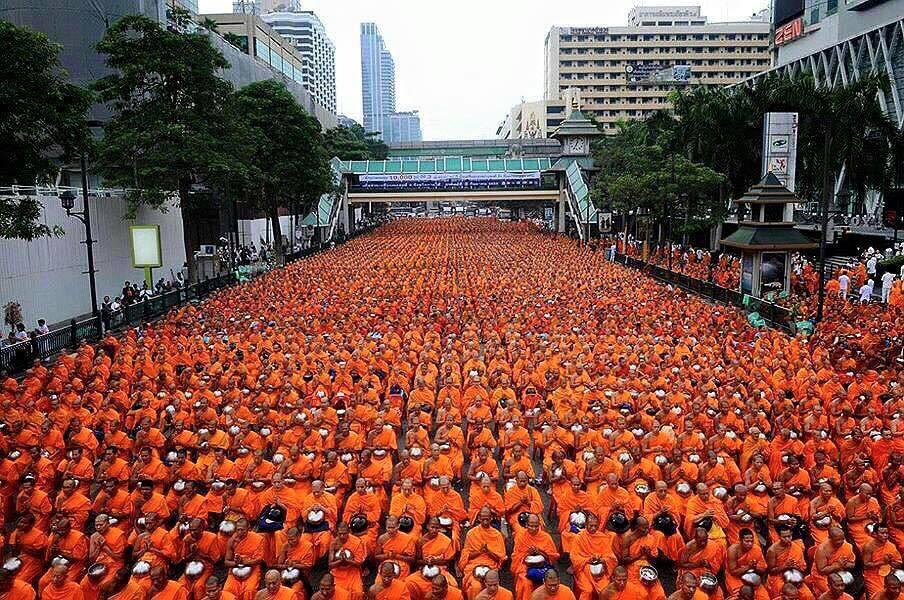 Remember, the hateful are the minority. We are the power. Peace will always triumph. #peace #bangkok http://t.co/n2AsftGTzR