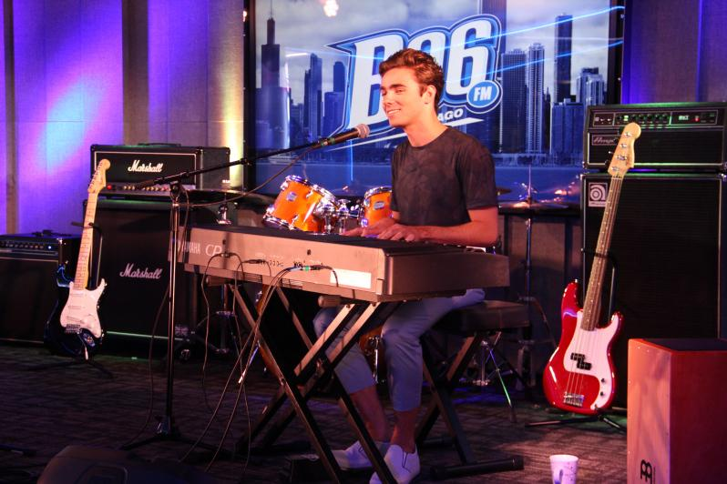 RT @B96Chicago: .@NathanSykes visited B96 earlier this month & chatted with @stylzandroman! Watch here: http://t.co/hdxP9vdVy3 http://t.co/…
