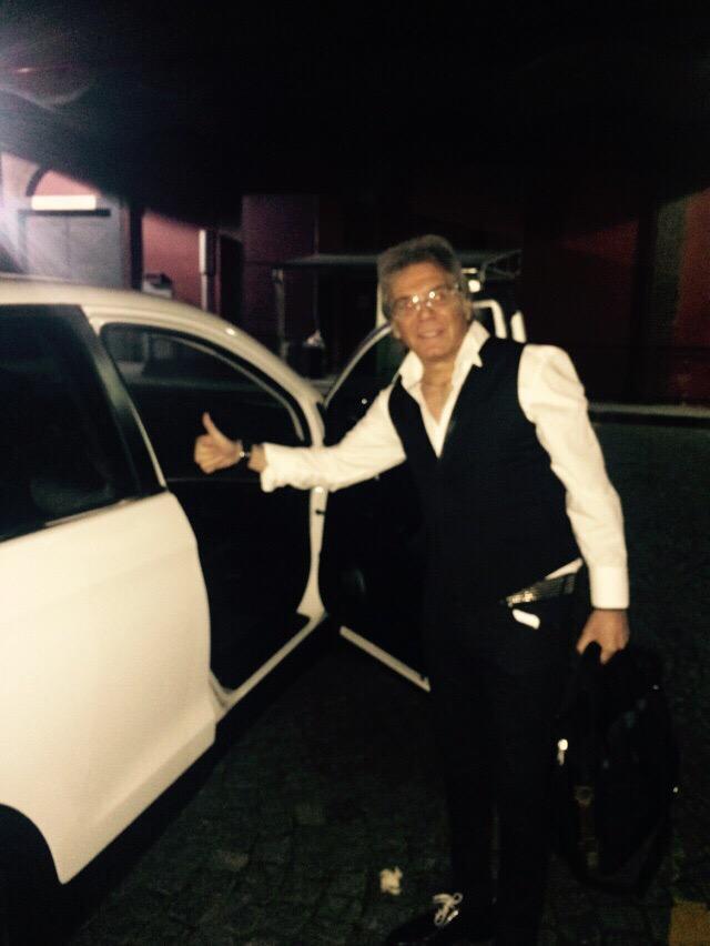 #FotoExclusiva Así llegaba Beto Casella a Ideas del Sur #Bailando http://t.co/CvytyxgKcv