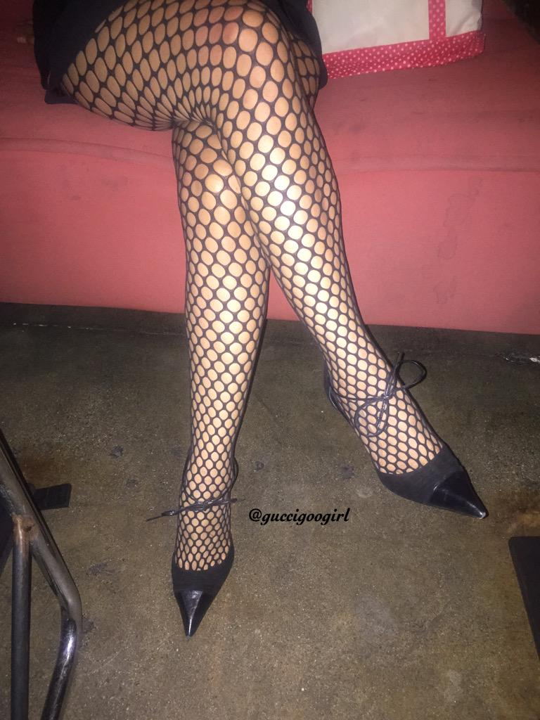 #Wolford ELOISE #fishnets #tights were perfect for my birthday dinner! @WolfordFashion #hosiery #collant #fbloggers http://t.co/n9BSU2KewN