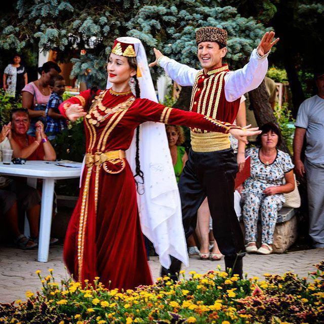 нежные фото крымскотатарские традиции пустая