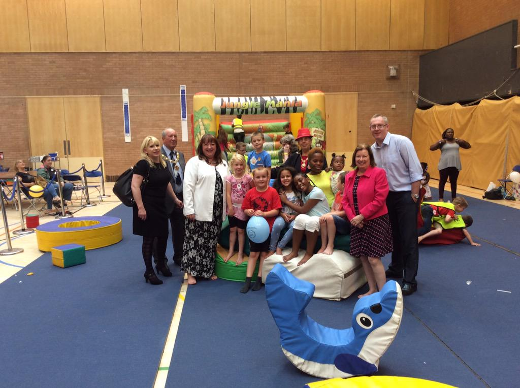 Sharon Hodgson MP visiting a local holiday provision in Gateshead with Roberta Blackman-Woods MP