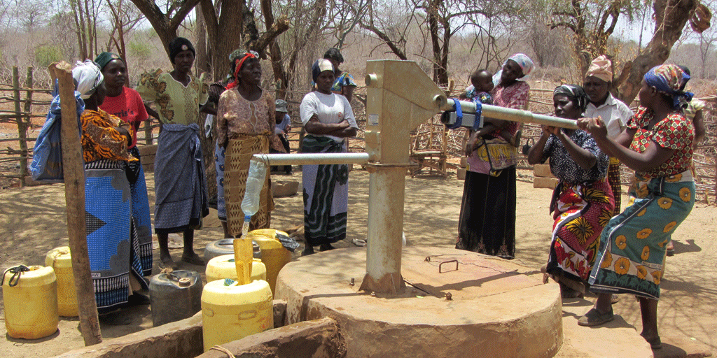 Could #handpump insurance reduce financial risks for the poor in rural #Africa? New evidence http://t.co/reEAcDYEIB http://t.co/S7h3iZjIqo