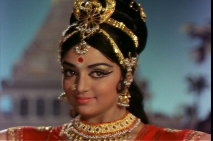 Индийские Фильмы Онлайн  Смотреть Индийское Кино Бесплатно