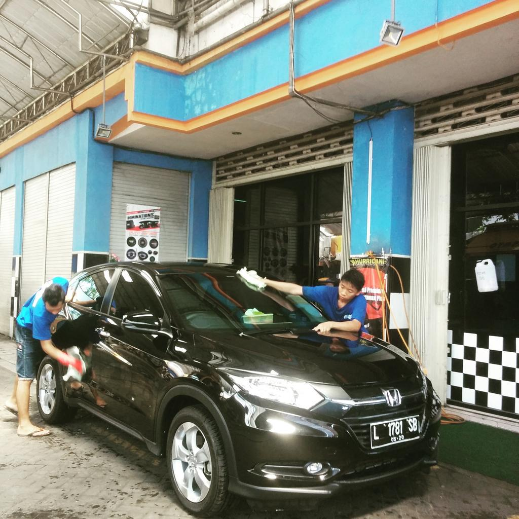 Quick Car Wash >> Quick Car Wash On Twitter Sela In Nyuci Mobil Waktu Lunch