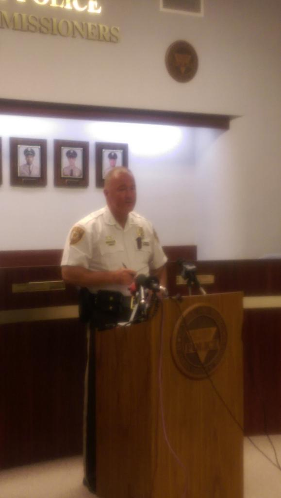 Shooting suspect shot at responding officers. Suspect is in surgery.  4 officers on admin. leave. http://t.co/ZlEuHEPCvJ