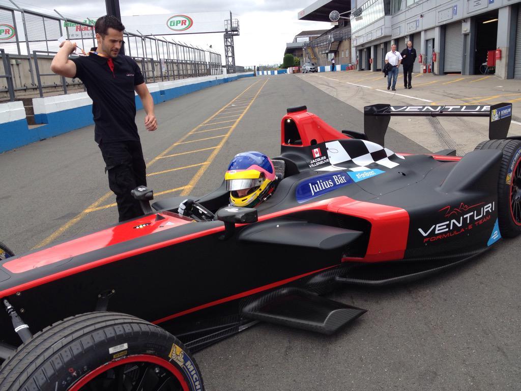 FIA Formula E Championship @FIAformulaE - Page 6 CMCoUlGWwAEjIIe
