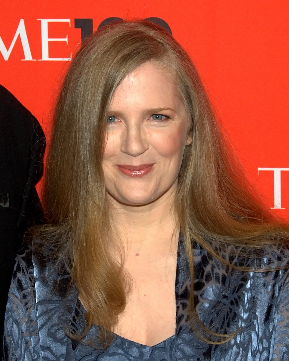 Happy birthday, Suzanne Collins! :) http://t.co/WNmeXawkju