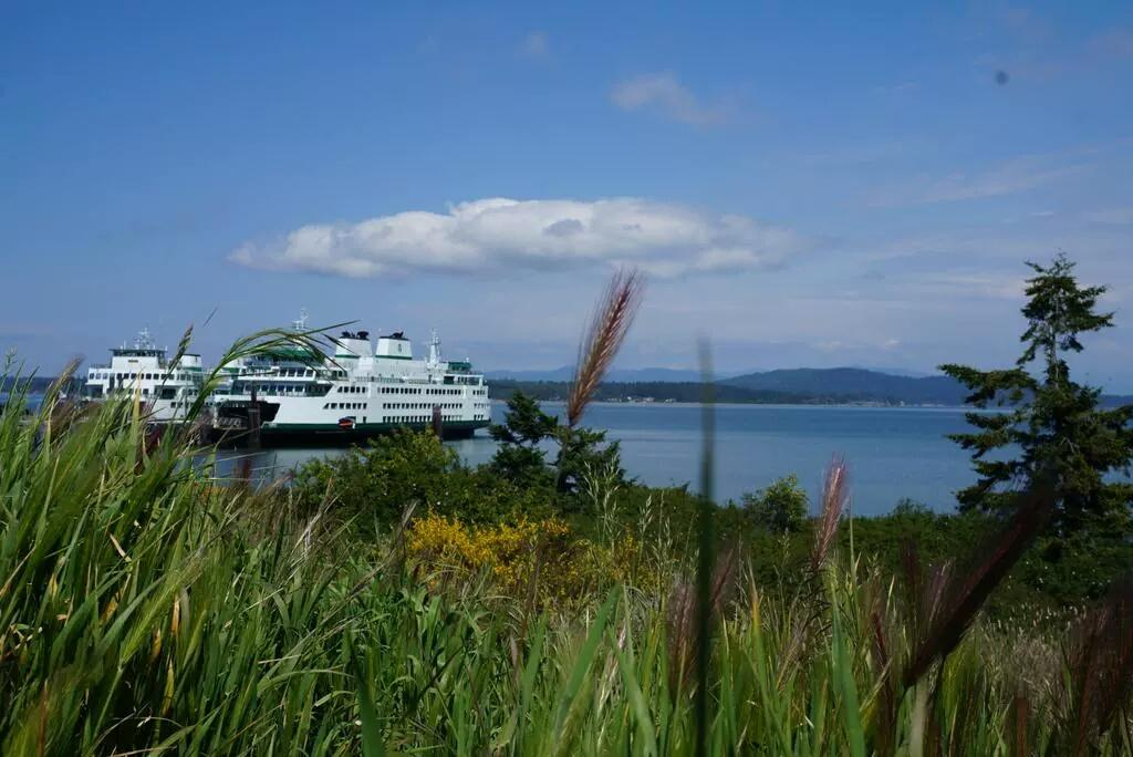 Thumbnail for Washington State Ferries Twitter Photo Contest 2015