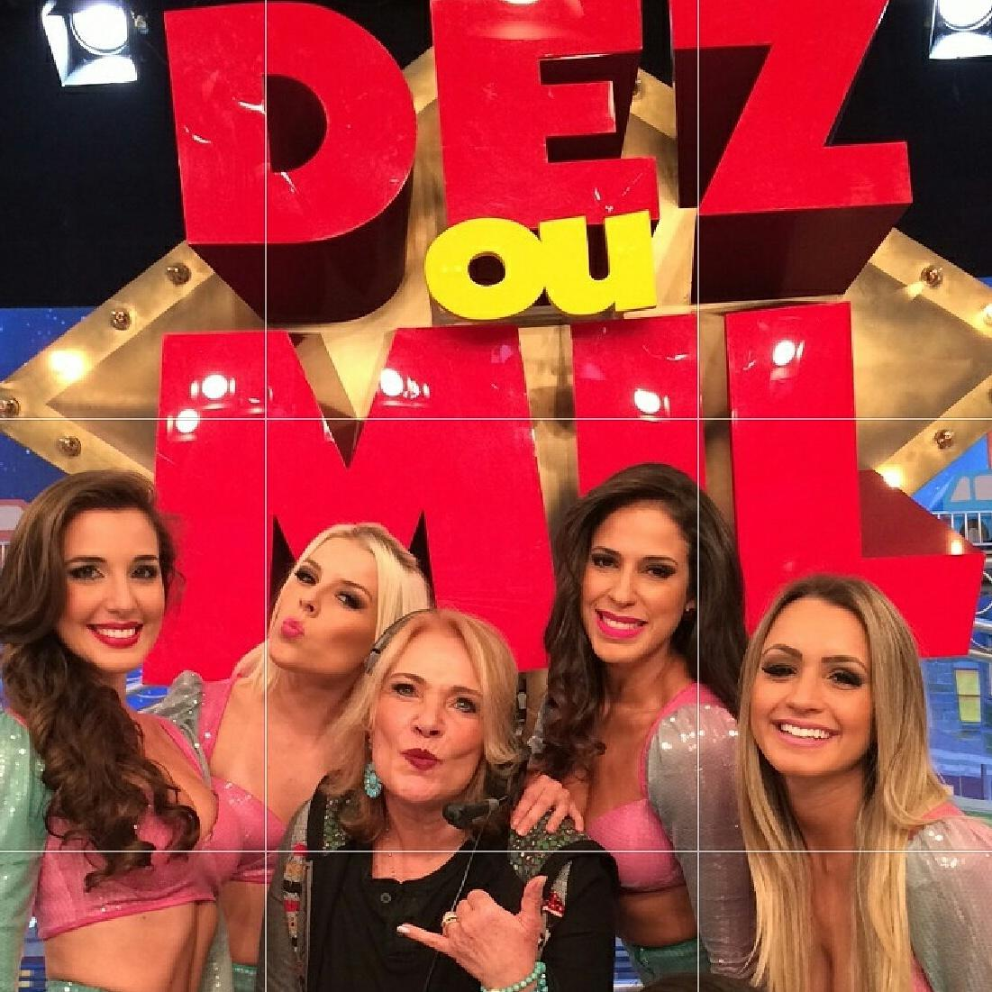 É hoje a partir das 22.15h ao vivo no Ratinho..Sensacional.. http://t.co/GAGt9itPTE