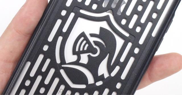 ca7f75e548 【50RT】まさに鎧・・・漆黒の甲冑でiPhoneを護るフルメタルジャケットケース | 毎日17時更新!アプリをおすすめするAppBank ...
