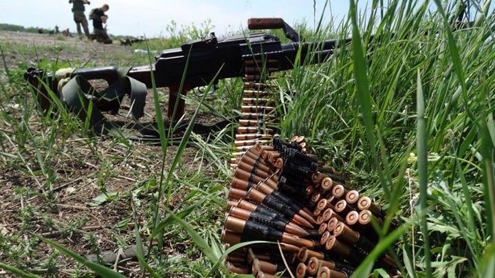 """Боевики развертывают батареи гаубиц и """"Градов"""" вблизи линии соприкосновения. Использование тяжелого вооружения носит систематический характер, - спикер АТО - Цензор.НЕТ 6624"""