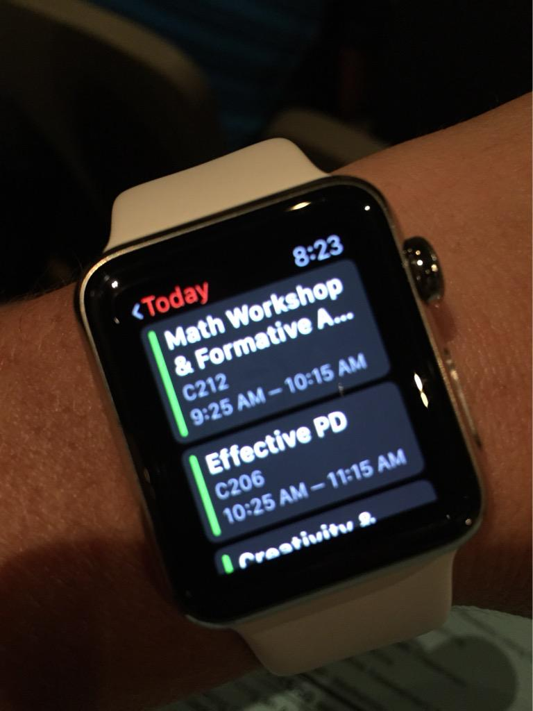 Today's sessions are my Apple Watch & I'm ready to roll! #leadership15 #paperless http://t.co/MOdsSamPhw
