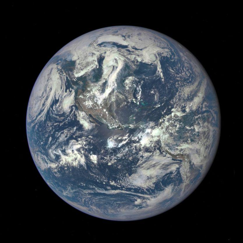 LIVE NOW: Earth gets a new selfie after 43 years. @maejemison explains: http://t.co/WbeyxHlA7p @NASA #BlueMarble