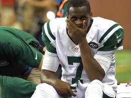I hear Geno Smith also tried to throw a punch but it was picked off and returned for a TD. #Jets http://t.co/JFzGLylGFe
