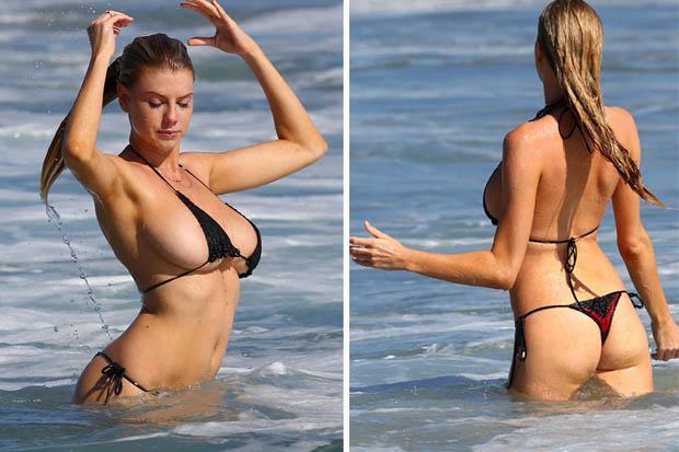 Secretly fuck on rocky beach