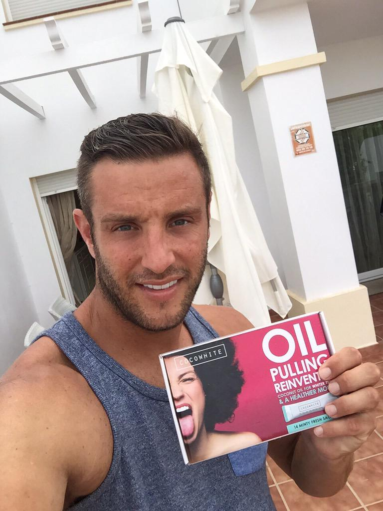 Getting my sparkle back with @CocowhiteUK from http://t.co/O81jpsBY1Z #spon http://t.co/72SQid3SYP