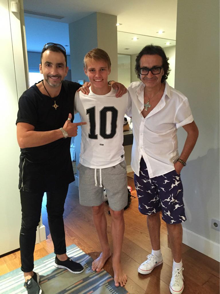 ¿Cuánto mide Luka Modric? - Altura - Real height - Página 2 CMJvkYJWcAAIw7x?format=jpg&name=medium